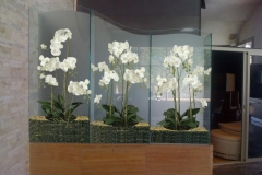 Silk Flowers Decor